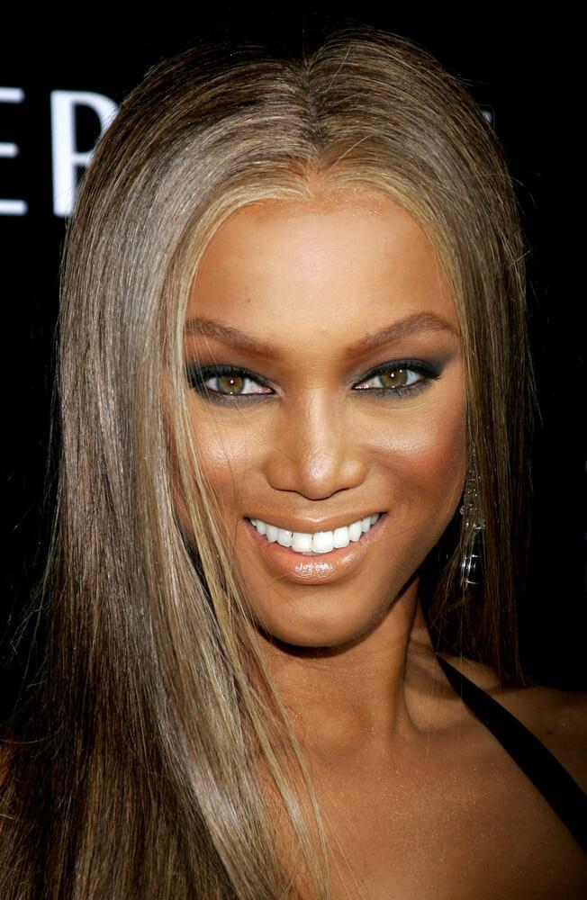 Tyra Banks attends the Rodeo Drive Walk Of Style Award honoring Gianni and Donatella Versace held at the Beverly Hills City Hall in Beverly Hills, California on February 8, 2007.