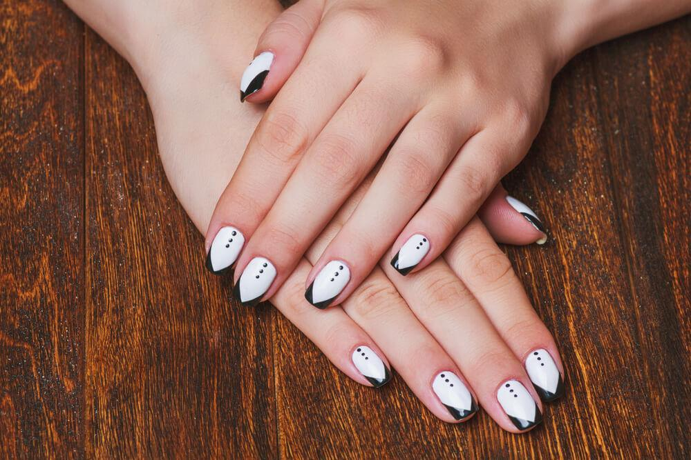 suited nail design