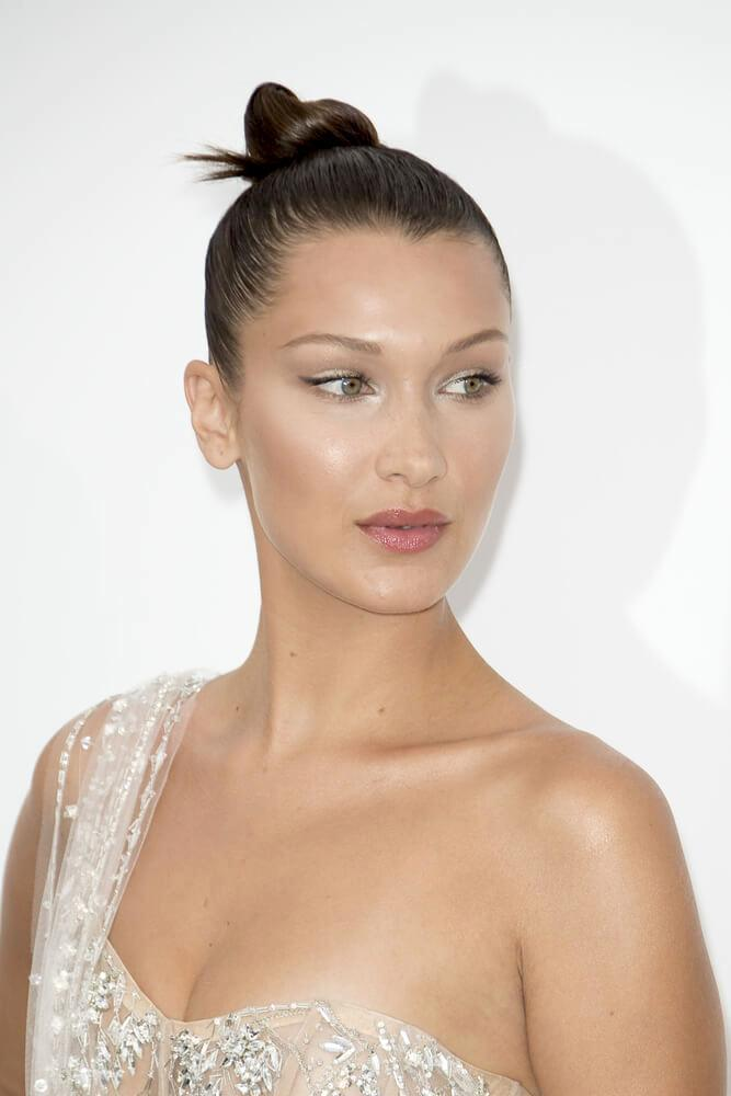 Bella Hadid attends the amfAR Gala Cannes 2017 at Hotel du Cap-Eden-Roc on May 25, 2017 in Cap d'Antibes, France. During Cannes film festival 2017
