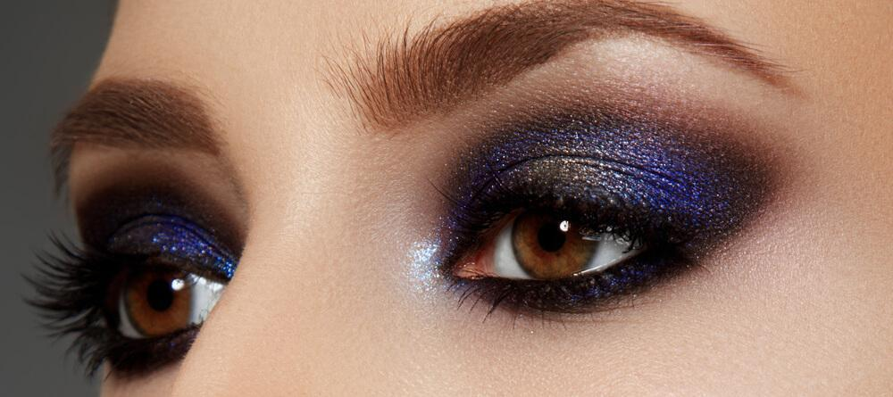 Eyes with glam eyeshadow